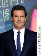 Los Angeles premiere of 'Inherent Vice' at TCL Chinese Theatre - ... (2014 год). Редакционное фото, фотограф Apega / WENN.com / age Fotostock / Фотобанк Лори