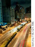 Купить «Avenue Nove de Julho, Capital, São Paulo, Brazil.», фото № 16121186, снято 11 сентября 2014 г. (c) age Fotostock / Фотобанк Лори