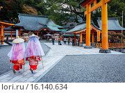 Купить «Pilgrims in Kumano Nachi Taisha Grand Shire, Kumano Kodo, Nakahechi route, Wakayama, Kinki, Japan.», фото № 16140634, снято 18 июня 2019 г. (c) age Fotostock / Фотобанк Лори