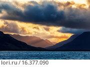Купить «Горы на Северном острове архипелага Новая Земля», фото № 16377090, снято 14 августа 2013 г. (c) Сергей Гусев / Фотобанк Лори