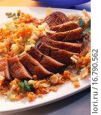 Купить «Duck breast with red lentils, leeks and carrots», фото № 16790562, снято 6 июля 2020 г. (c) easy Fotostock / Фотобанк Лори