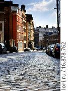 Купить «Cobblestone paved street in London on sunny day», фото № 16878762, снято 19 ноября 2019 г. (c) easy Fotostock / Фотобанк Лори
