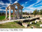 Купить «Aphrodisias, Tetrapylon», фото № 16990110, снято 23 октября 2018 г. (c) easy Fotostock / Фотобанк Лори