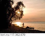 Купить «Sunset on lake», фото № 17362670, снято 25 марта 2019 г. (c) easy Fotostock / Фотобанк Лори