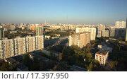 Купить «Полёт на коптере над спальным районом Москвы», видеоролик № 17397950, снято 21 марта 2019 г. (c) kinocopter / Фотобанк Лори
