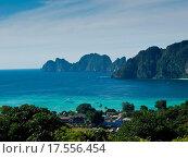 Купить «Tropical island. Bird eye view», фото № 17556454, снято 25 марта 2019 г. (c) easy Fotostock / Фотобанк Лори