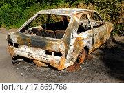 Купить «Burnt car wreck», фото № 17869766, снято 11 декабря 2019 г. (c) easy Fotostock / Фотобанк Лори