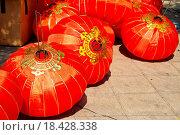 Купить «Traditional chinese lanterns», фото № 18428338, снято 13 ноября 2018 г. (c) easy Fotostock / Фотобанк Лори