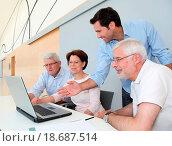Купить «Group of senior people attending job search meeting», фото № 18687514, снято 8 июля 2020 г. (c) easy Fotostock / Фотобанк Лори