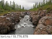 Купить «Скалистый каньон реки Бучарамы на плато Путорана», фото № 18776878, снято 29 июля 2011 г. (c) Сергей Дрозд / Фотобанк Лори