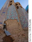 Купить «Фрагмент портала Джума - мечети Самарканда — главной мечети - Биби Ханым», фото № 18876646, снято 22 сентября 2007 г. (c) Elizaveta Kharicheva / Фотобанк Лори