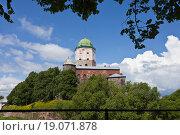 Купить «Замок и башня Святого Олафа. Выборг», фото № 19071878, снято 27 июня 2015 г. (c) Victoria Demidova / Фотобанк Лори