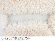 Белый овечий мех, рамка или фон. Стоковое фото, фотограф Юрий Волобуев / Фотобанк Лори