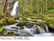 Купить «water waterfall austrians salzburg sterreich», фото № 19466362, снято 24 мая 2019 г. (c) PantherMedia / Фотобанк Лори