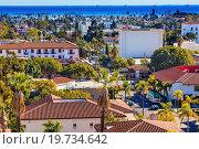 Купить «Offshore Platforms Court House Orange Roof Buildings Coastline Main Street Pacific Oecan Santa Barbara California.», фото № 19734642, снято 26 декабря 2013 г. (c) easy Fotostock / Фотобанк Лори