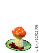 Купить «Amanita mushroom is made from fruit», фото № 20023938, снято 24 февраля 2018 г. (c) easy Fotostock / Фотобанк Лори