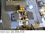 Купить «Welding machine Fiber-optic communication lines», фото № 20394514, снято 23 мая 2014 г. (c) Losevsky Pavel / Фотобанк Лори