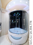 Купить «Modern bathroom in the Greek style with outdoor shower cabin», фото № 20394778, снято 26 мая 2014 г. (c) Losevsky Pavel / Фотобанк Лори