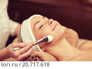 Купить «close up of young woman and cosmetologist in spa», фото № 20717618, снято 18 декабря 2014 г. (c) Syda Productions / Фотобанк Лори