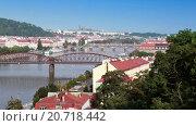 Пражские мосты, Чешская Республика, видеоролик № 20718442, снято 4 января 2010 г. (c) Куликов Константин / Фотобанк Лори