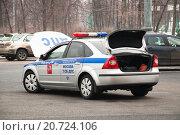 Машина ДПС с открытым багажником (2012 год). Редакционное фото, фотограф Алёшина Оксана / Фотобанк Лори