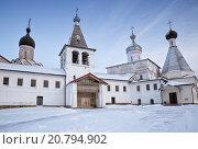 Купить «Ферапонтов монастырь», фото № 20794902, снято 6 января 2016 г. (c) Юлия Бабкина / Фотобанк Лори