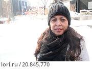 Купить «Woman, Times Square, New York, United States», фото № 20845770, снято 22 февраля 2015 г. (c) age Fotostock / Фотобанк Лори
