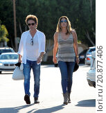 Купить «Model Daisy Fuentes flaunts her famous curves at the age of 48 while out shopping with her new boyfriend singer Richard Marx. The new couple were seen...», фото № 20877406, снято 28 апреля 2015 г. (c) age Fotostock / Фотобанк Лори