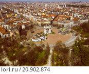 Купить «Retro look Milan aerial view», фото № 20902874, снято 20 апреля 2018 г. (c) PantherMedia / Фотобанк Лори