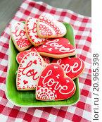 Печенья- валентинки. Стоковое фото, фотограф Елена Поминова / Фотобанк Лори