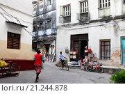 Купить «Торговая улица в Стоун Таун. Занзибар», фото № 21244878, снято 1 января 2016 г. (c) Морозова Татьяна / Фотобанк Лори