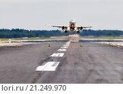 """Купить «Airbus A320 авиакомпании """"Аэрофлот"""" вылетает из Шереметьева», эксклюзивное фото № 21249970, снято 22 сентября 2011 г. (c) Alexei Tavix / Фотобанк Лори"""