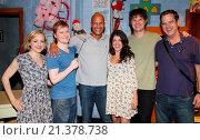 Купить «Keegan-Michael Key visits the cast of the Broadway play 'Hand To God' at the Booth Theatre Featuring: Geneva Carr, Steven Boyer, Tyrone the demonic puppet...», фото № 21378738, снято 30 августа 2015 г. (c) age Fotostock / Фотобанк Лори