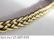 Косичка лента на волосы (фрагмент) Стоковое фото, фотограф Аня Шумкова / Фотобанк Лори