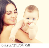 Купить «baby and mother», фото № 21704758, снято 21 августа 2018 г. (c) Syda Productions / Фотобанк Лори