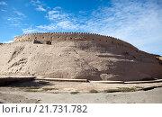 Купить «Узбекистан. Хивы. Древняя городская стена», фото № 21731782, снято 19 сентября 2015 г. (c) Куликов Константин / Фотобанк Лори