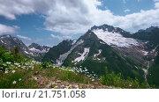 Купить «Лето, горы, Кавказ, Домбай», видеоролик № 21751058, снято 17 июля 2015 г. (c) Анатолий Типляшин / Фотобанк Лори