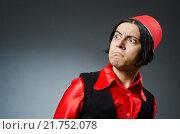 Купить «Man wearing red fez hat», фото № 21752078, снято 30 сентября 2015 г. (c) Elnur / Фотобанк Лори