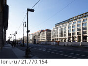 Berlin, Germany, the Unter den Linden in Berlin-Mitte (2012 год). Редакционное фото, агентство Caro Photoagency / Фотобанк Лори