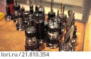 Купить «Различные насадки на дрель», видеоролик № 21810354, снято 11 февраля 2016 г. (c) Алексндр Сидоренко / Фотобанк Лори