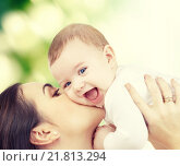 Купить «laughing baby playing with mother», фото № 21813294, снято 22 декабря 2007 г. (c) Syda Productions / Фотобанк Лори