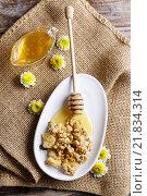 Купить «Muesli with honey. Healthy food», фото № 21834314, снято 19 февраля 2018 г. (c) BE&W Photo / Фотобанк Лори