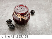 Купить «Jar of blackberry jam on stone background, copy space», фото № 21835158, снято 23 мая 2018 г. (c) BE&W Photo / Фотобанк Лори