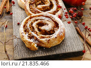 Купить «Rolls with apple and cinnamon. Festive dessert», фото № 21835466, снято 28 мая 2018 г. (c) BE&W Photo / Фотобанк Лори