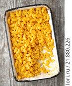 Купить «mac and cheese», фото № 21880226, снято 24 февраля 2019 г. (c) PantherMedia / Фотобанк Лори
