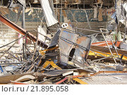 Купить «Снос ТЦ «Пирамида»», фото № 21895058, снято 21 февраля 2016 г. (c) Павел Москаленко / Фотобанк Лори