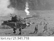 Реконструкция атаки битвы под Боруйском. Редакционное фото, фотограф Горбачев Матвей Владимирович / Фотобанк Лори
