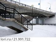 Мост и дороги. Стоковое фото, фотограф Роман Червов / Фотобанк Лори