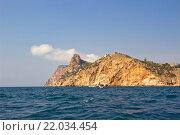 Скалистый берег Чёрного моря, Крым (2015 год). Стоковое фото, фотограф Александр Замоткин / Фотобанк Лори