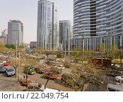 Купить «Современные здания у рынка Яшоу в Пекине. Китай.», эксклюзивное фото № 22049754, снято 16 апреля 2011 г. (c) Владимир Чинин / Фотобанк Лори